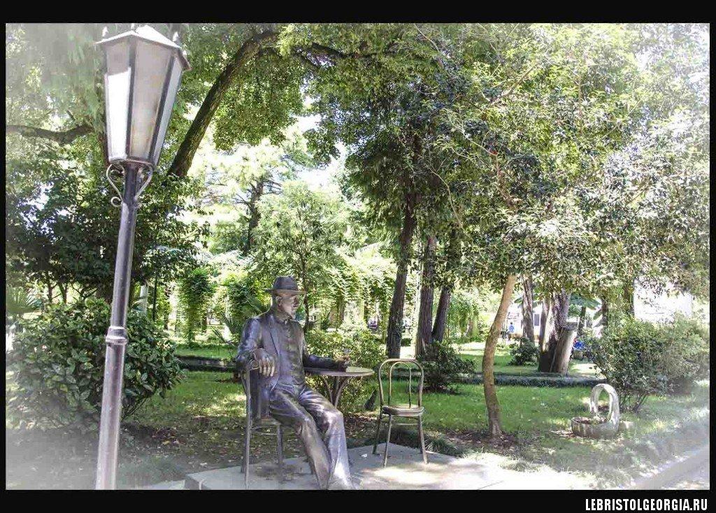 Скульптура в Батуми