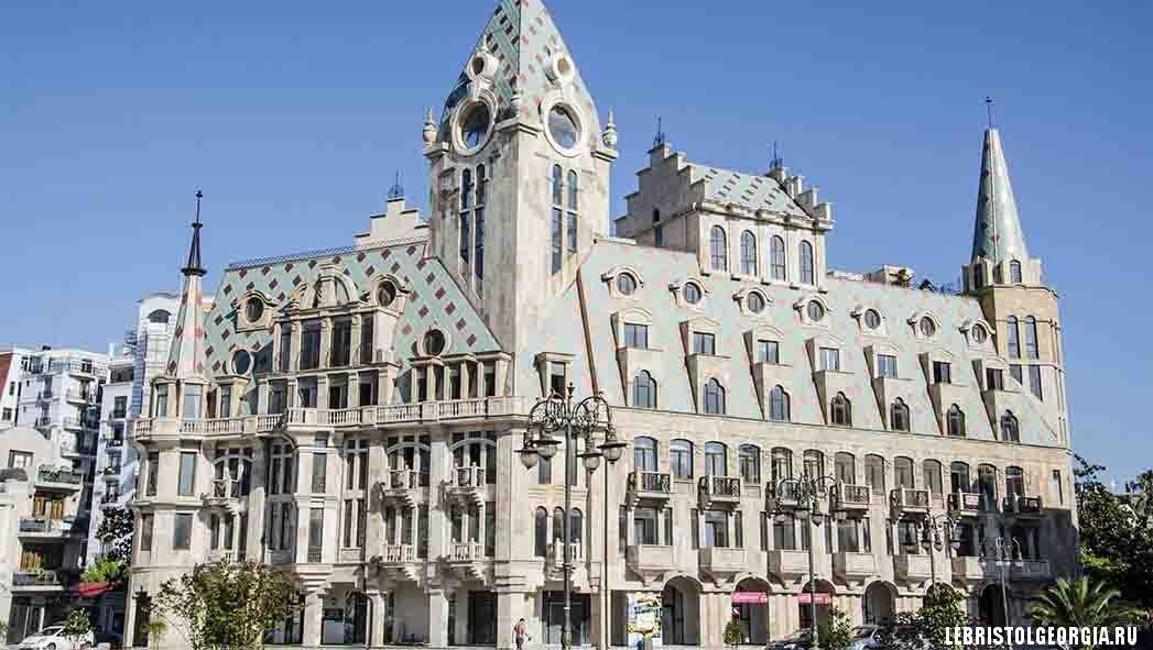 архитектура площадь европы батуми