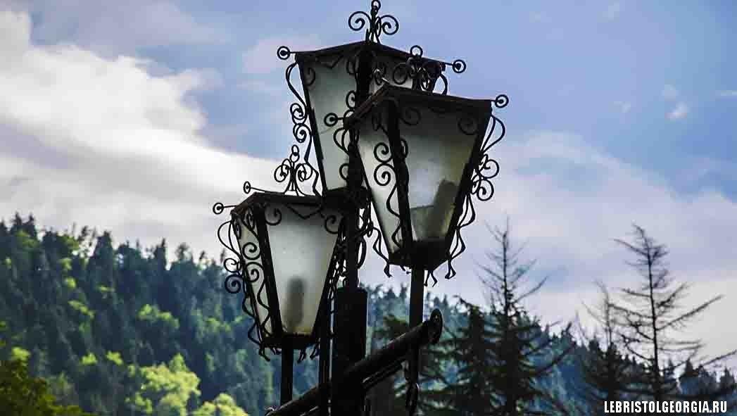 парк Ликани у дворца Романовых