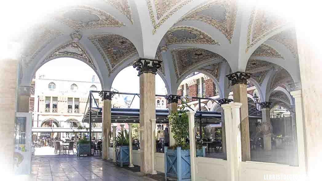 потолок площадь Пьяцца