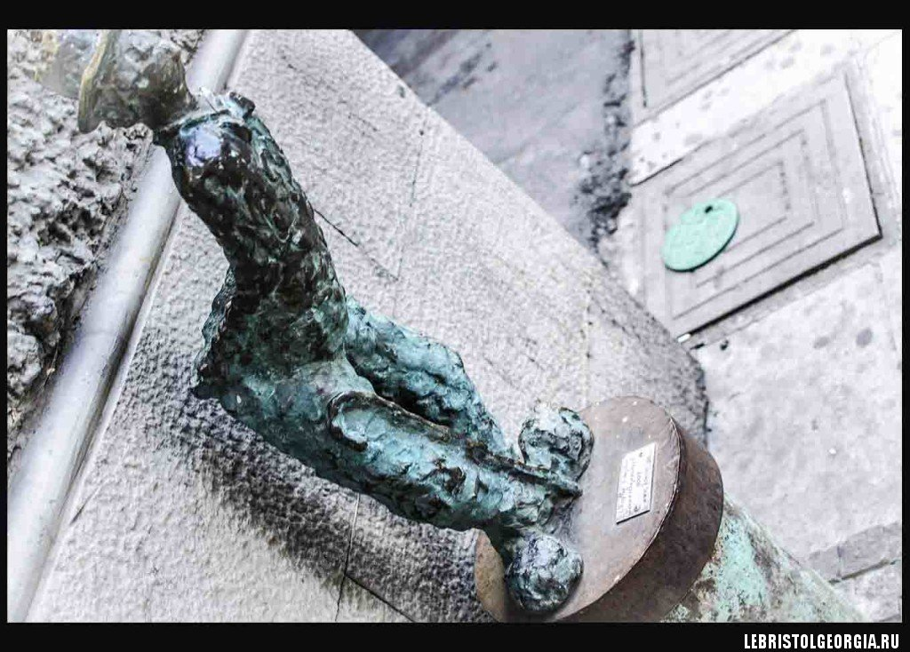 Скульптура Тбилиси