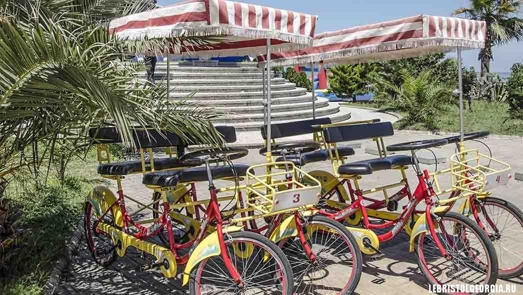 аренда велосипедов на Новом бульваре Батуми