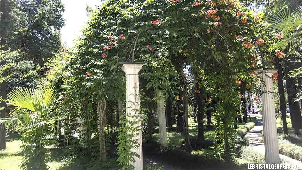 батуми приморский парк