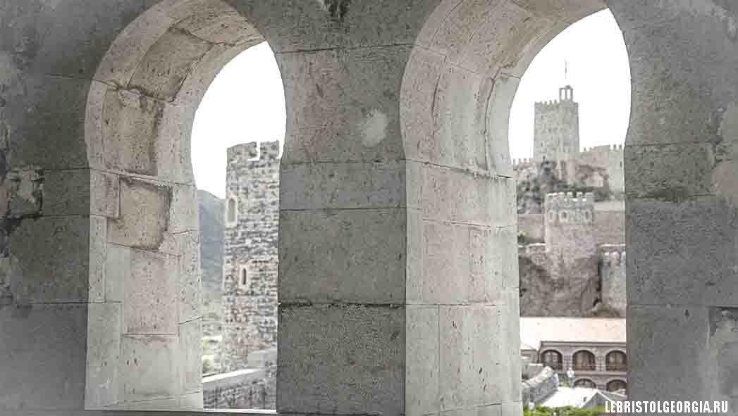 вид из крепости Рабат