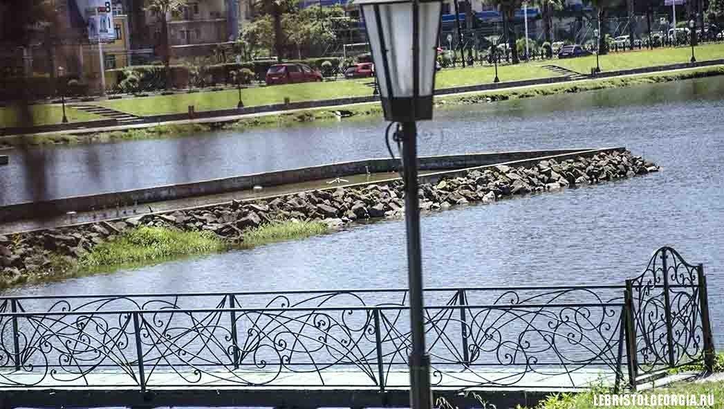 парк с поющими фонтанами