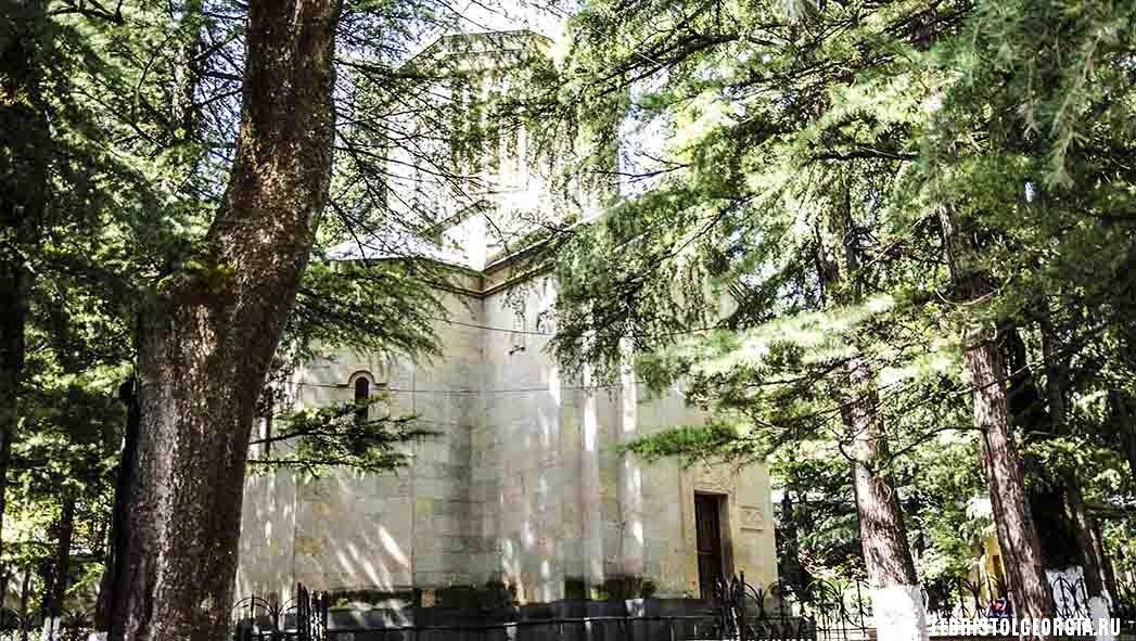храм в Боржоми