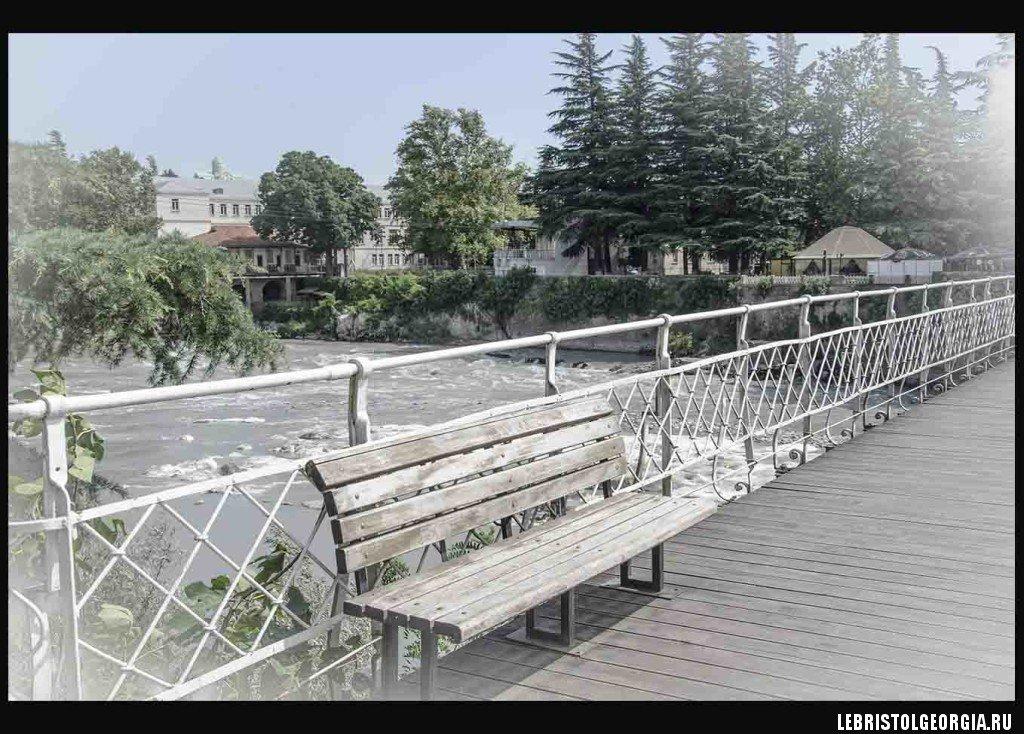 Белый мост Кутаиси