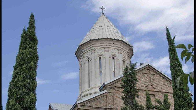 церковь Нор-Эчмиадзин